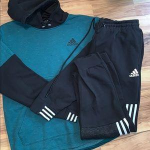 Men's Adidas sweatsuit